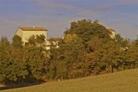 Le Domaine de Saussignac, vu de la vallée