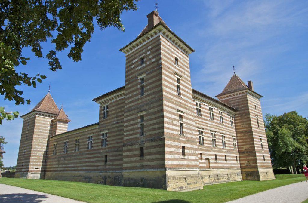 Le château de Laréole et son exposition «Un siècle d'art en Haute-Garonne»