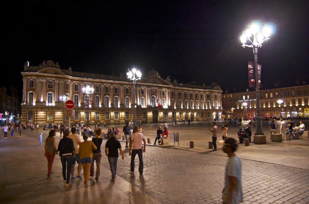 Le Capitole et sa place – le centre de Toulouse