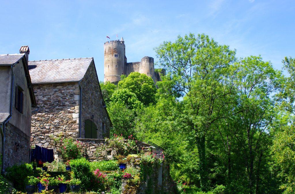 Depuis le grand gîte de charme, une sortie à Najac, Aveyron.