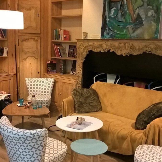 L'ours brun, café culturel à l'Isle Jourdain