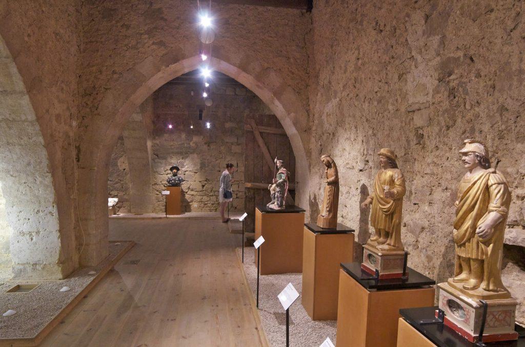 Exposition à l'abbaye de Flaran sur les chemins de Saint-Jacques
