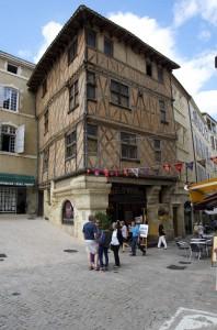 centre historique auch office du tourisme