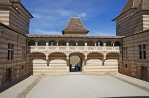 cour du château coursière