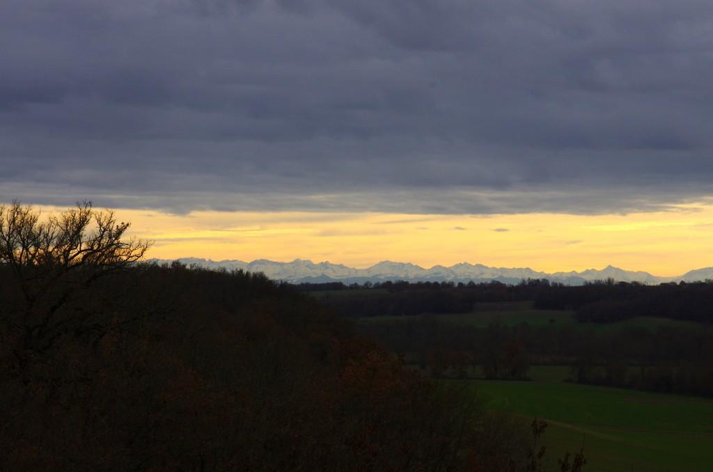 Vue côté sud, sur les Pyrénées...