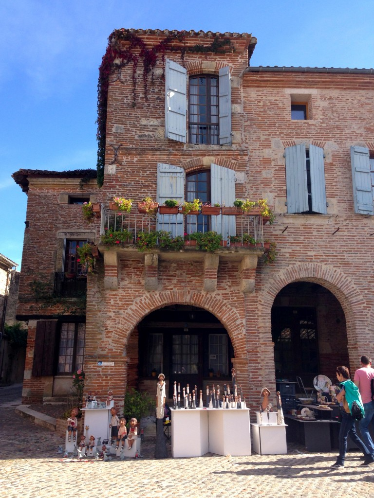 Auvillar, village de briques roses