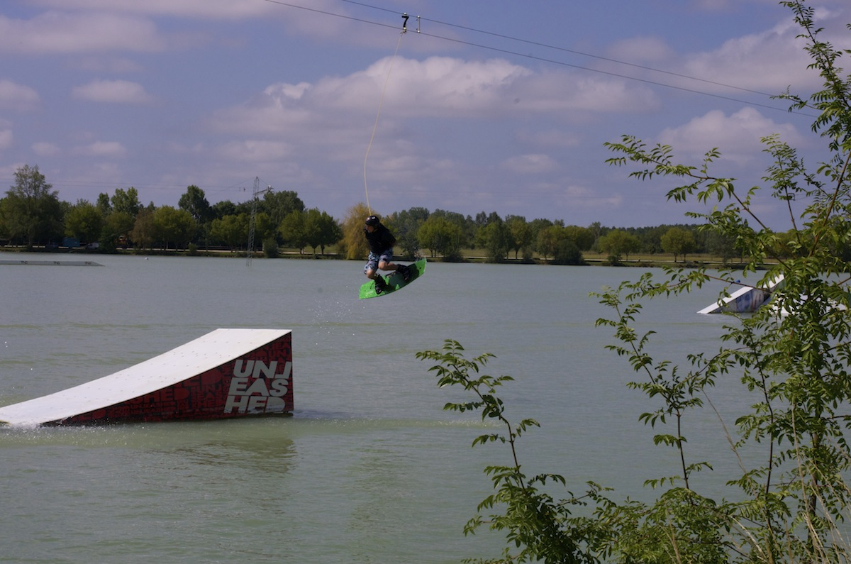 wake-board-l-isle-Jourdain