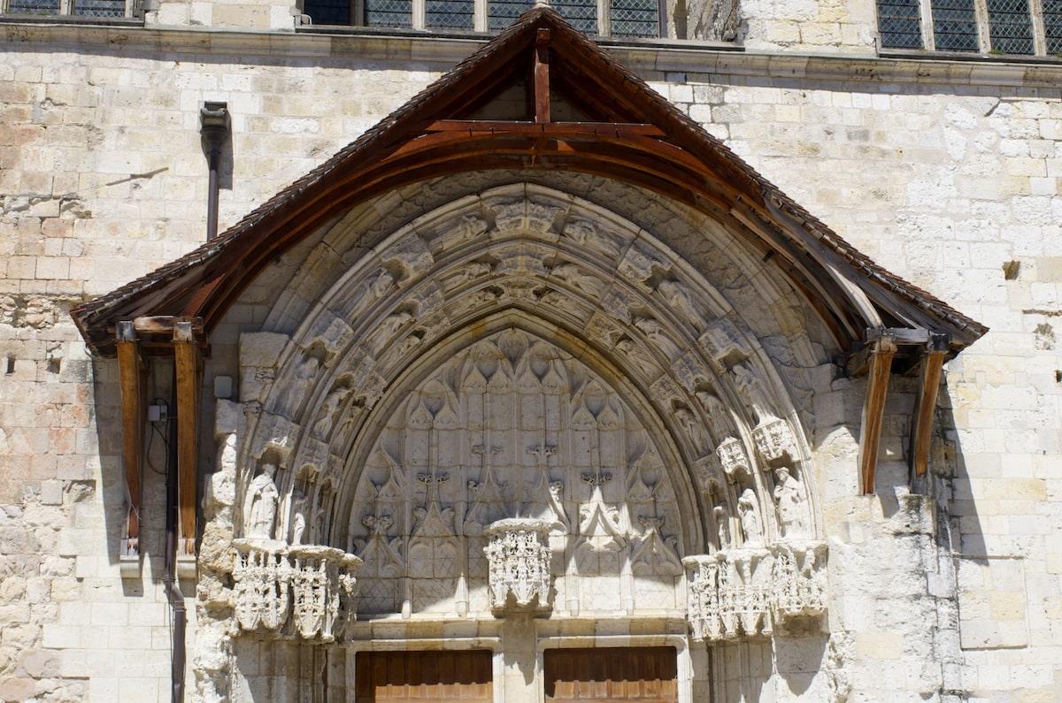 Gers, cathédrale de Condom haut de l'entrée