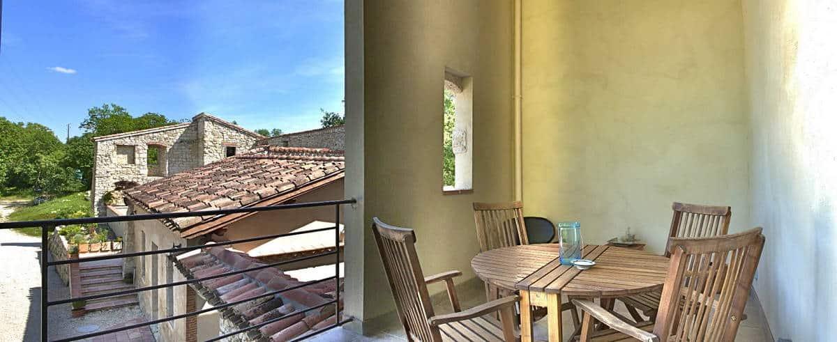 Domaine-de-Saussignac-terrasse-couverte