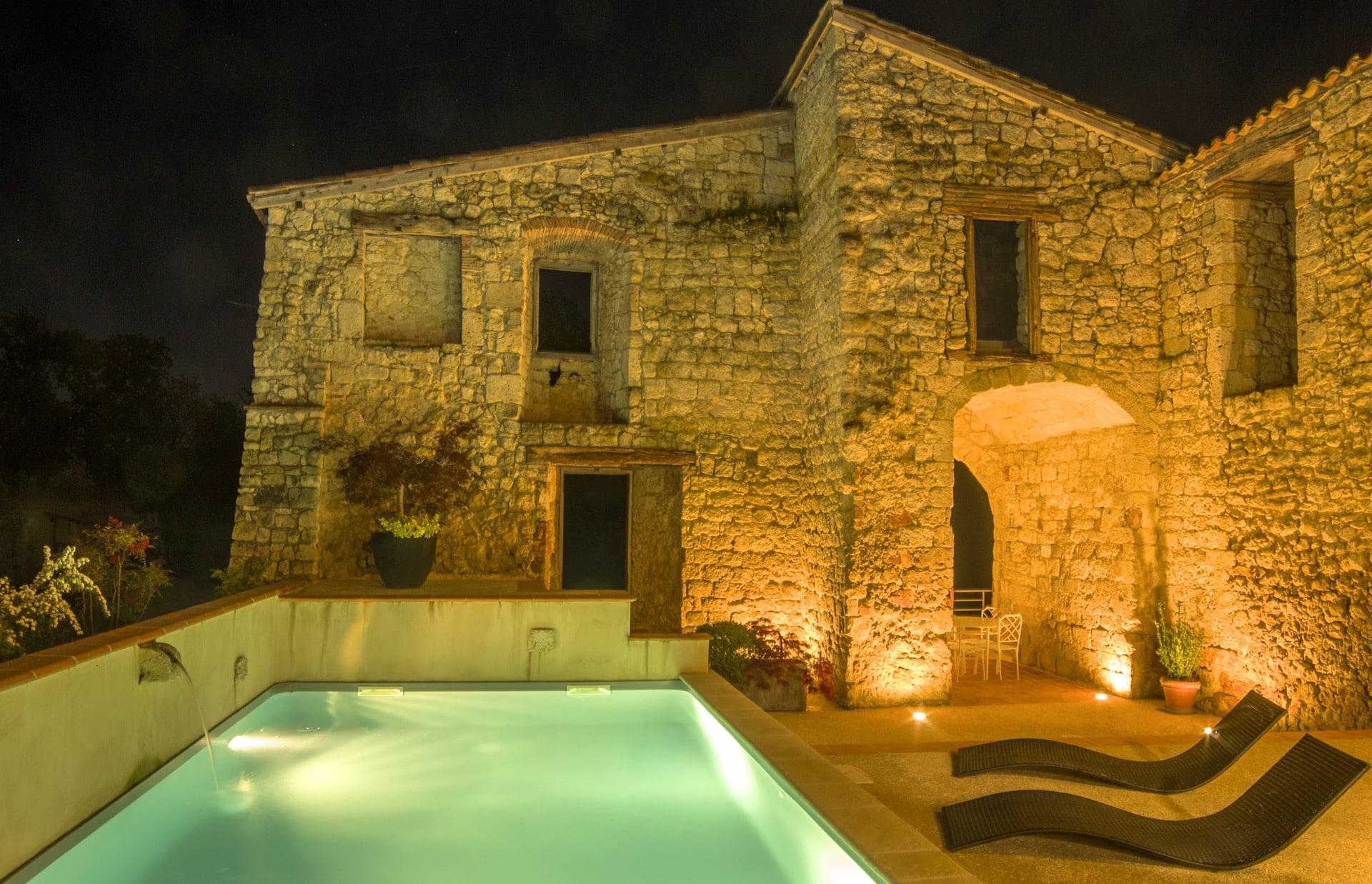 gite-de-chame-piscine-et-spa-2