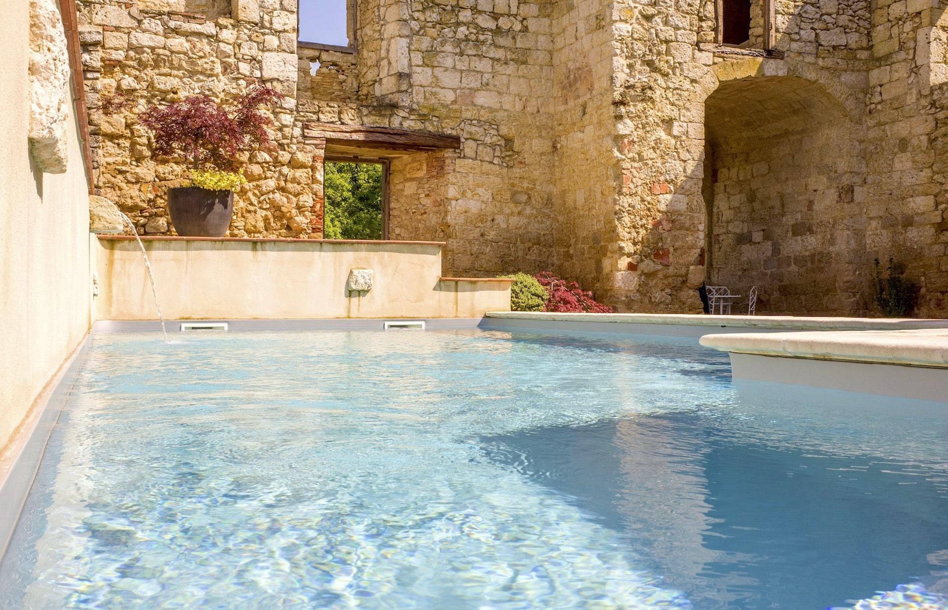 piscine chauffée privée de la maison de vacances