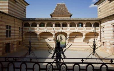 Château de Laréole, à 15 minutes du gîte de groupe
