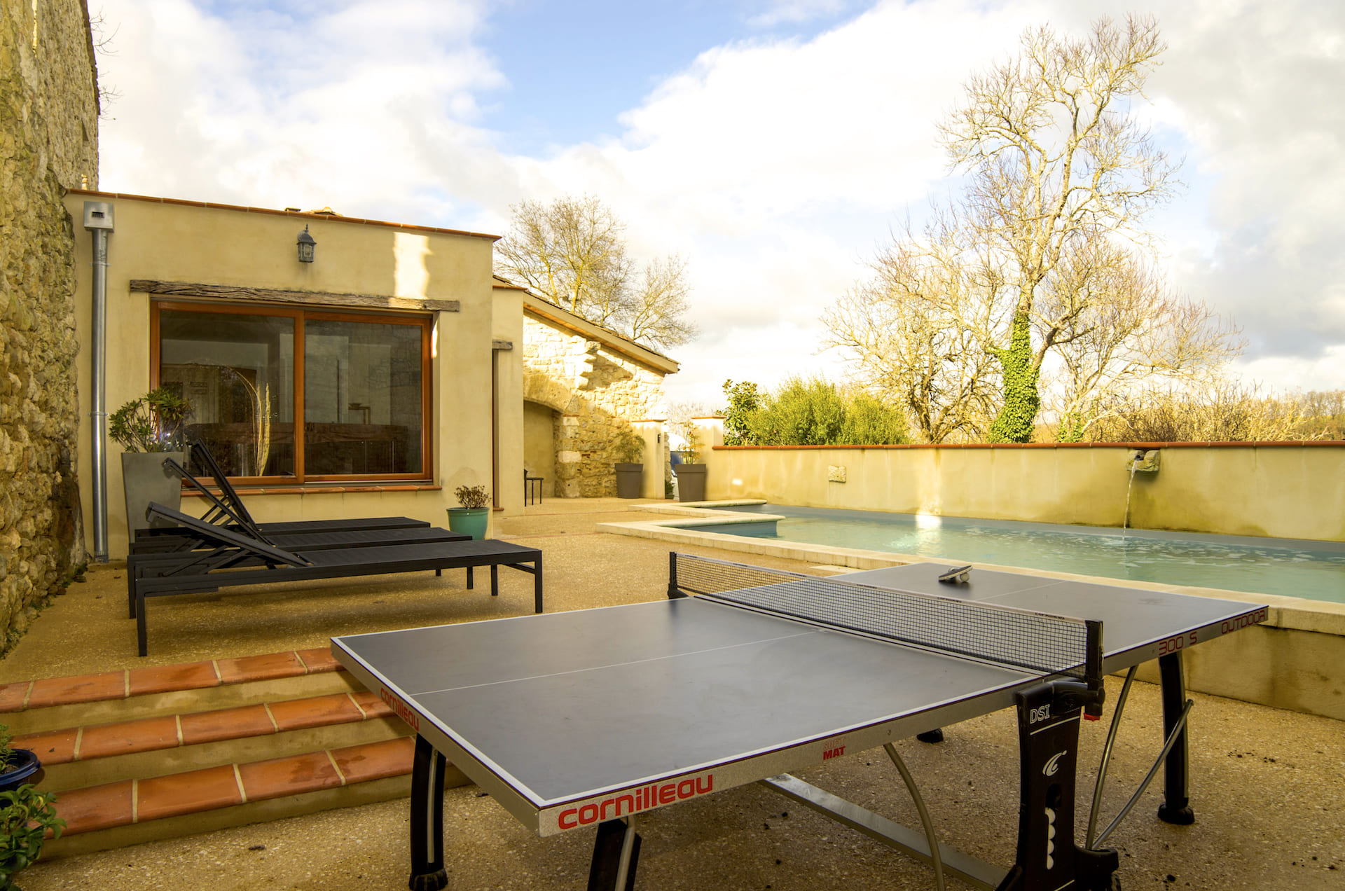 table-de-ping-pong-gite-degroupe-gers-1 2